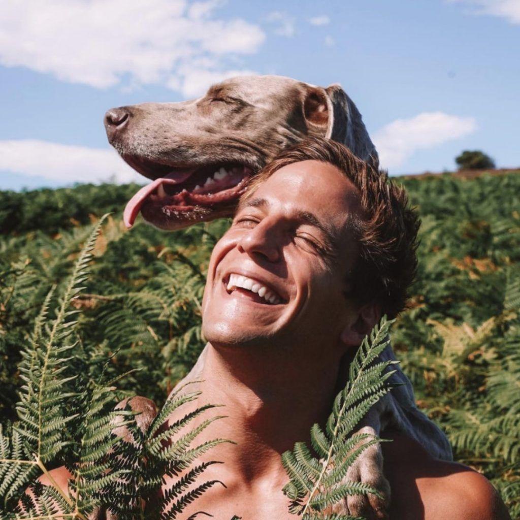 Photogenic-Dog-Doggies-in-Town-1024x1024